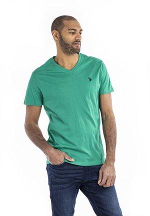 CEM - T-shirts - golf green