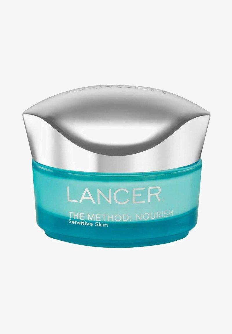 LANCER - LANCER TAGESPFLEGE THE METHOD: NOURISH SENSITIVE SKIN - Face cream - -