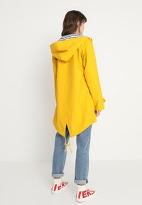 Derbe - TRAVEL FRIESE STRIPED - Parka - yellow/blue - 2