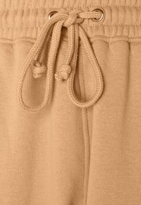Missguided - SCOOP NECK BRALET 90'S SET - Teplákové kalhoty - camel - 7