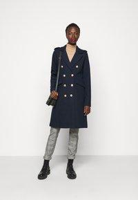 YAS Tall - YASGOLDIAN COAT  - Classic coat - sky captain - 1