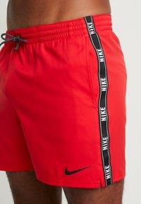 Nike Performance - VOLLEY SHORT LOGO TAPE - Badeshorts - university red - 3