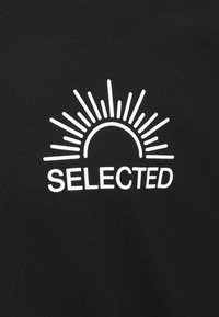 Selected Homme - SLHRELAXEDMILO ONECK TEE - Print T-shirt - black - 5