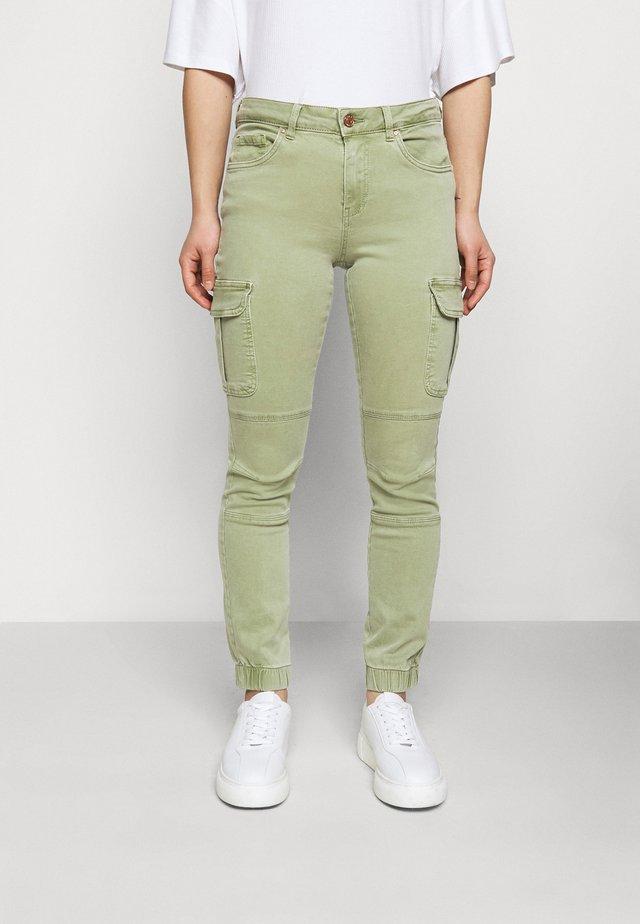 ONLMISSOURI LIFE  - Pantalon cargo - oil green
