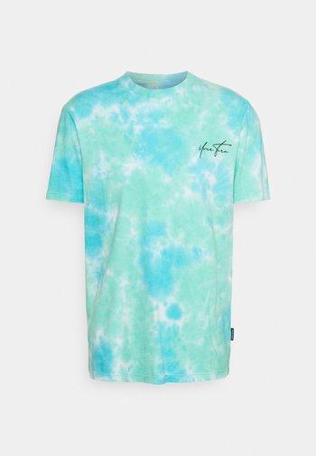 UNISEX - Print T-shirt - blue/green