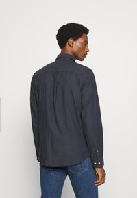 Selected Homme - SLHSLIMHOUSTON CAMP - Shirt - dark sapphire - 2