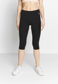 Champion - 3/4 sports trousers - black - 0