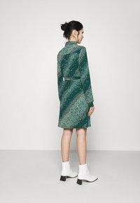 Vero Moda - VMBIBI DRESS  - Shirt dress - ponderosa pine - 2
