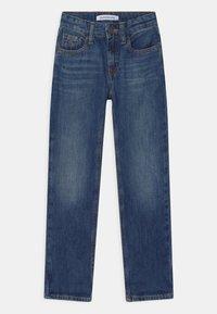 Calvin Klein Jeans - REGULAR STRAIGHT - Straight leg jeans - blue - 2