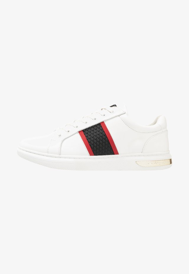 BLADE LOW TOP - Sneakers laag - white/red