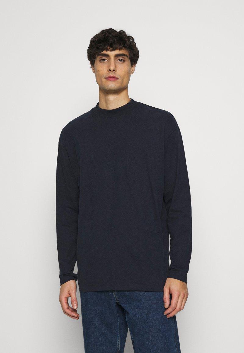 TOM TAILOR DENIM - HIGH COLLAR - Långärmad tröja - sky captain blue