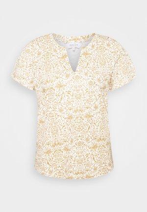 GESINA - T-shirts med print - white