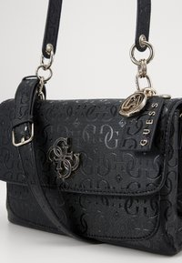 Guess - CHIC SHINE SHOULDER BAG - Handbag - black - 4