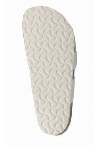 Birkenstock - T-bar sandals - white - 5