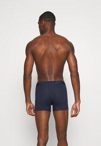 Levi's® - MEN PREMIUM BRIEF 3 PACK - Panties - navy - 1