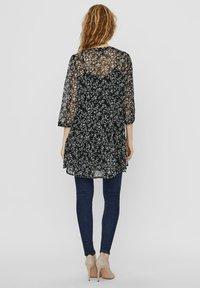 Vero Moda - VMWONDA TUNIC - Day dress - black - 2