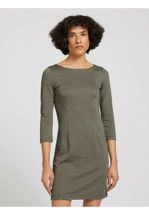 KARIERTES ETUIKLEID - Shift dress - beige green small check