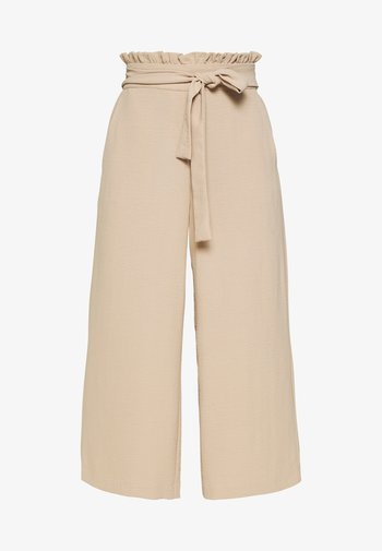 VIRASHA CROPPED WIDE PANT