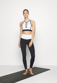 HIIT - LONGLINE BRALET  - Sports bra - black - 1