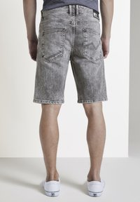 TOM TAILOR DENIM - Denim shorts - used light stone grey denim - 2