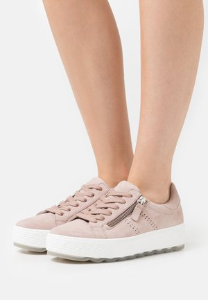 Sneakers laag - antic rosa