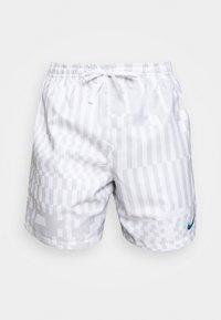 ZIGZAG FLOW - Shorts - white