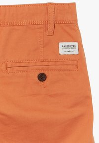 Quiksilver - EVERYDAY  - Shorts - apricot buff - 2