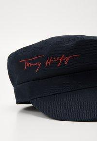 Tommy Hilfiger - SIGNATURE BAKER BOY HAT - Hoed - blue - 3