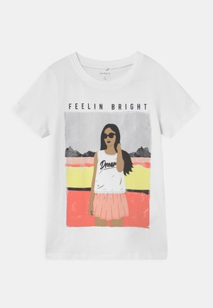 NKFFASIGNE  - T-shirt print - bright white