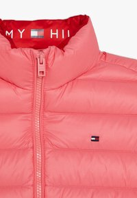 Tommy Hilfiger - LIGHT JACKET - Chaqueta de plumas - pink - 4