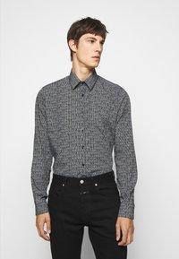 KARL LAGERFELD - MODERN FIT - Shirt - black - 0