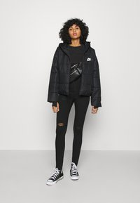Nike Sportswear - CORE  - Light jacket - black - 1