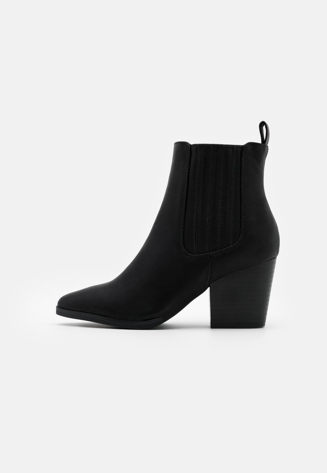 JOLENE GUSSET - Ankelstøvler - black