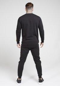 SIKSILK - EVOLUTION HALF ZIP TRACK TOP - Sweatshirts - black & gold - 2