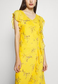 Lauren Ralph Lauren Petite - ENDINE CAP SLEEVE DAY DRESS - Day dress - true marigold/grey/multi - 7