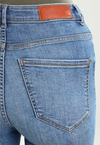 Vero Moda - VMSOPHIA SKINNY  - Jeans Skinny - light blue denim - 3