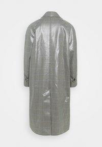 Alexa Chung - RAGLAN COAT - Klassischer Mantel - navy/ khaki/ beige - 7