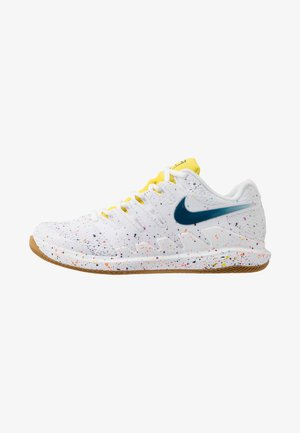 NIKECOURT AIR ZOOM VAPOR X - Multicourt tennis shoes - white/valerian blue/optic yellow/wheat
