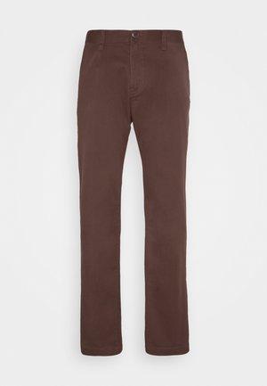 FRICKIN MODERN - Chino kalhoty - mahogany