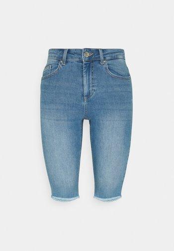 ONLBLUSH WAIST LONG - Jeans Shorts - medium blue denim