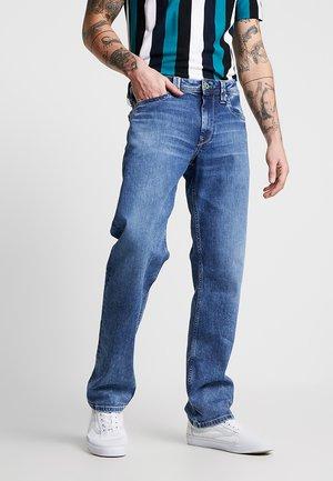 KINGSTON  - Straight leg jeans - medium used wiserwash
