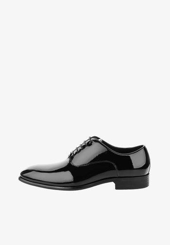 CHERASCO - Stringate eleganti - czarny