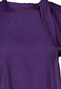 Zizzi - MIT BINDEDETAIL - T-shirt print - purple - 2