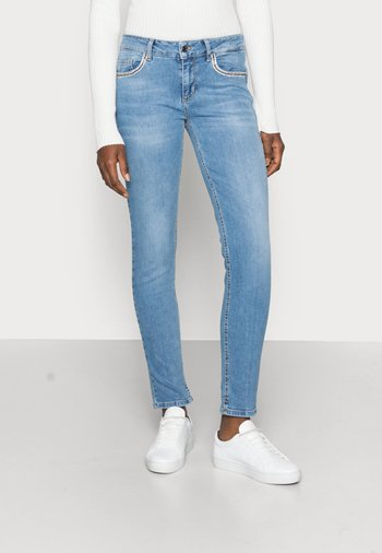 UP FABULOUS - Jeans Skinny Fit - denim blue clear vibes