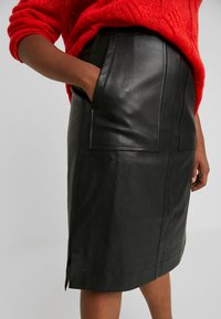 Lost Ink Plus - SKIRT WITH POCKETS - A-line skirt - black - 3