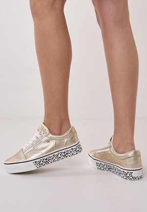 MACK - Sneakers - gold