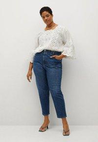 Violeta by Mango - PAPERBAG - Straight leg jeans - dunkelblau - 1