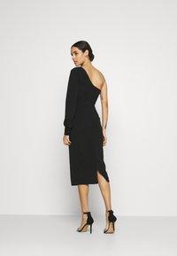 WAL G. - OLIVIA ONE SLEEVE MIDI DRESS - Shift dress - black - 2