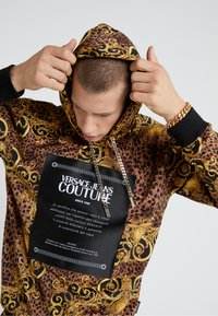 Versace Jeans Couture - Sweat à capuche - gold - 4