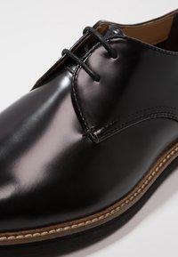 Farah - SAINT - Smart lace-ups - black - 5